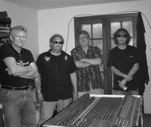(L-R) u.Jimi, Fran, Eddy & Wild Bill